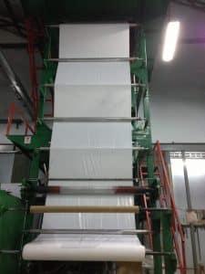 รูปเครื่องผลิต ถุงพลาสติกขนาดใหญ่ สีขาวทึบ สำหรับใช้ในงานเกษตร