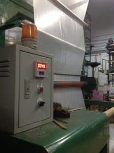 รูปเครื่องนับเมตรใน โรงงานผลิตถุงพลาสติก ไทยฮง