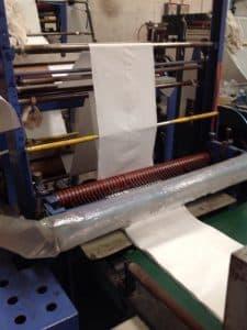 รับผลิตถุงพลาสติกสีขาวนม โรงงานถุงพลาสติก สำหรับใช้เป็นถุงขยะในโรงแรม
