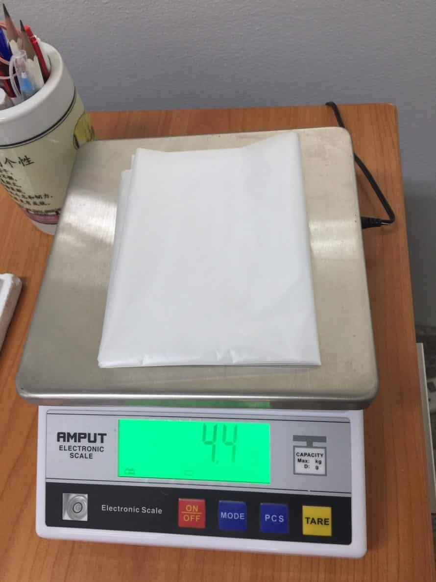 การชั่งน้ำหนัก ถุงพลาสติกขนาดใหญ่ เพื่อคุมคุณภาพการผลิต